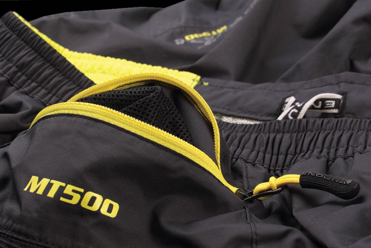 MT500-Waterproof-Short-02