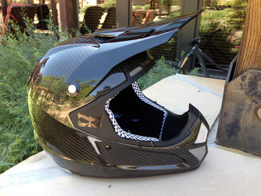 Kali-Protectives-Shiva-carbon-full-face-dh-helmet01