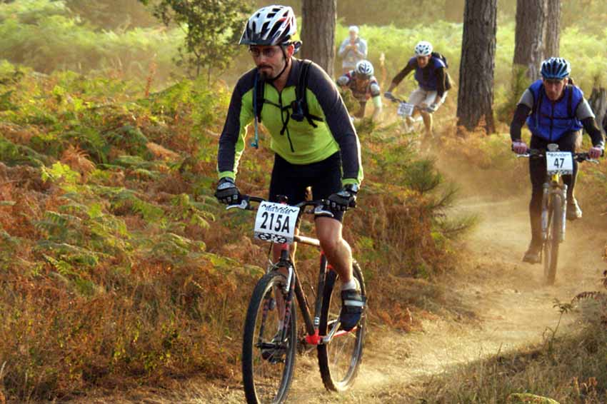 Mountain-bike-racing SCORACE