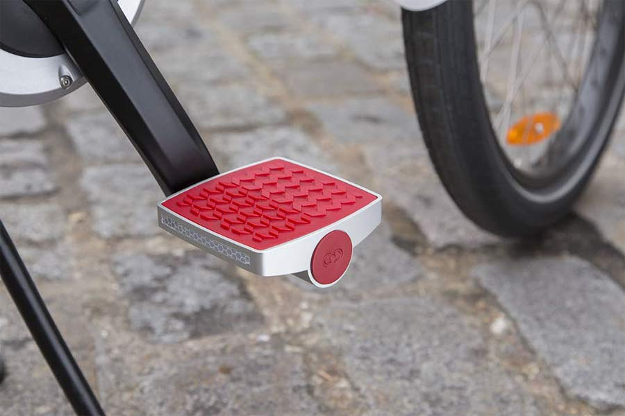 connected-cycles-GPS-enabled-bicycle-pedal-at-CES2015-d