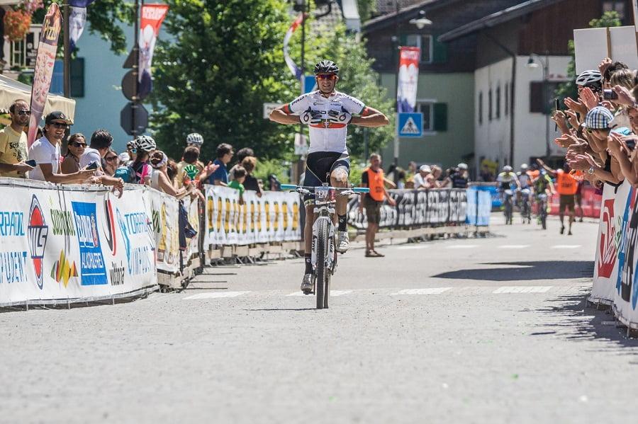 DSB15_Men113km_winner_Ferreira_07