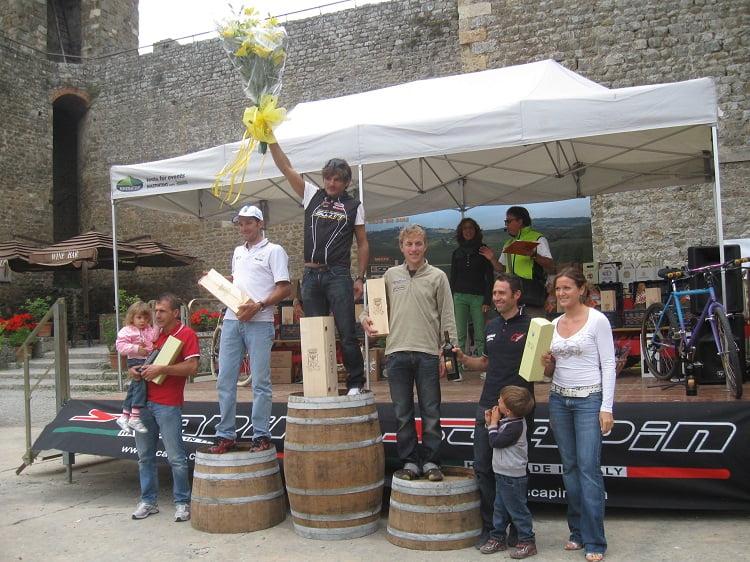 Podio 2010: vincitore Pierluigi Bettelli, poi Dario Cioni, Martino Fruet, Francesco Casagrande e Gilberto Simoni