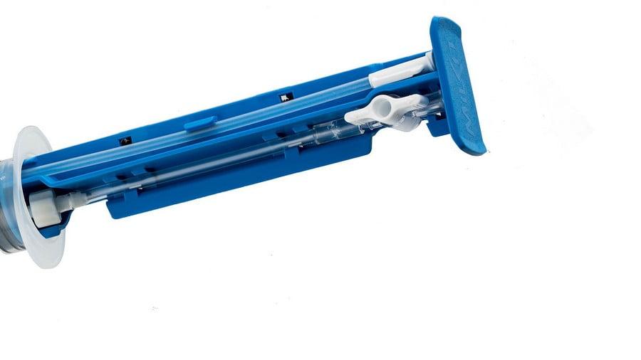 milKit-Tubeless-Compact-Service-Kit-transparent-bl-79850e4505e6e2a37c0b9446a310b8b3