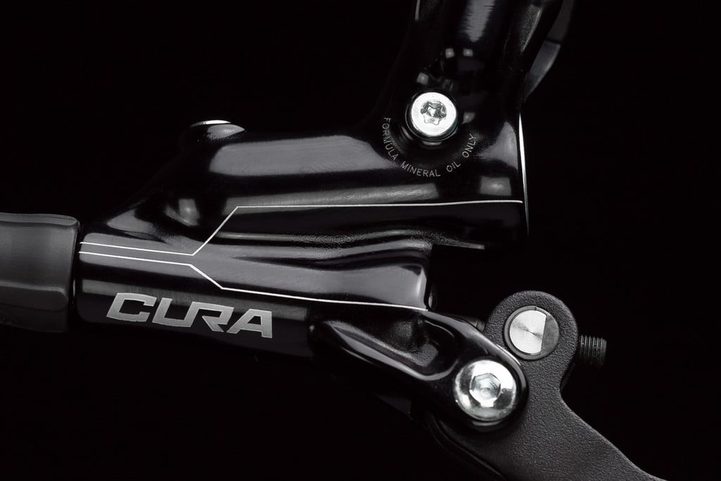 formula-brake-cura-master-cylinder-1