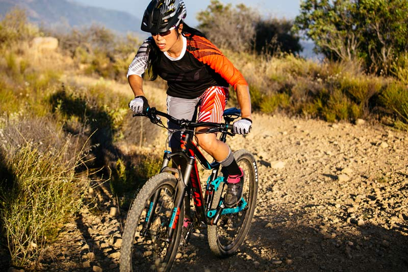 2017-Giant-Liv-Embolden-womens-full-suspension-mtb