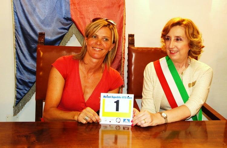 Martani Superbike 2016 Paola Pezzo e sindaco Massa Martana