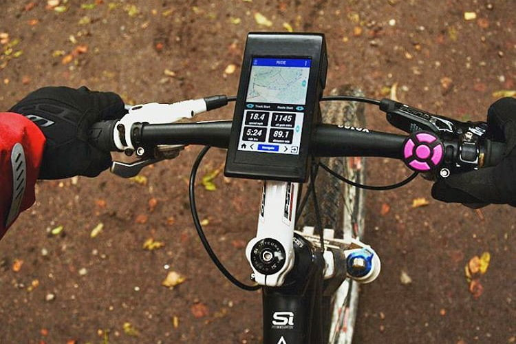 Vudu7_V_all-in-one-cycling-computer_mtb-mapping
