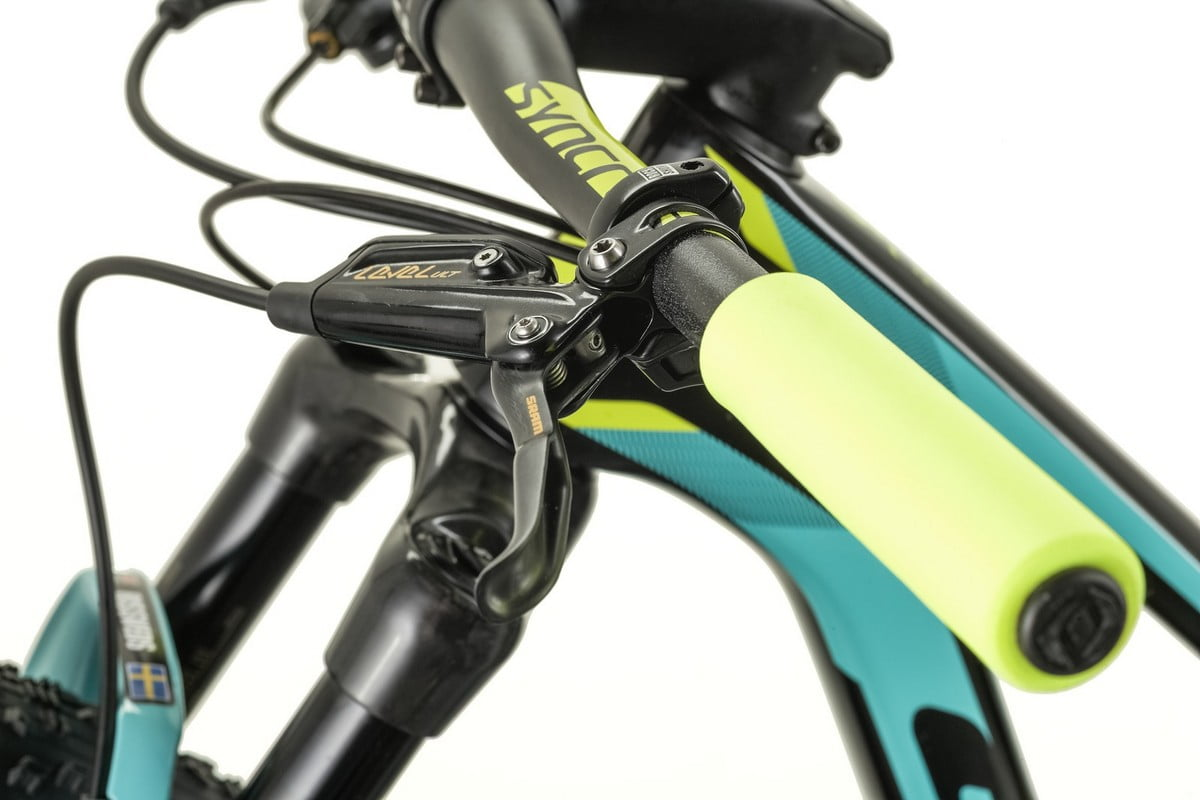 Scale-RC-900-Worldcup_Jenny-Rissveds_Detail-Image_2017_BIKE_SCOTT-Sports_04