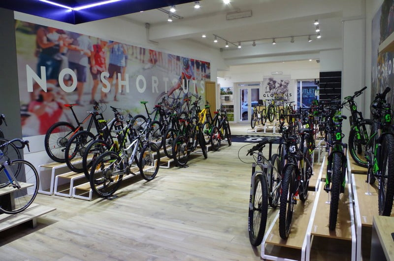 G-bike store layout
