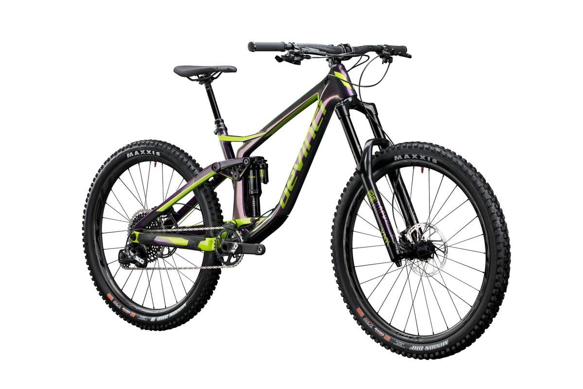 Spartan 2018 Carbon Purple_green 3_4