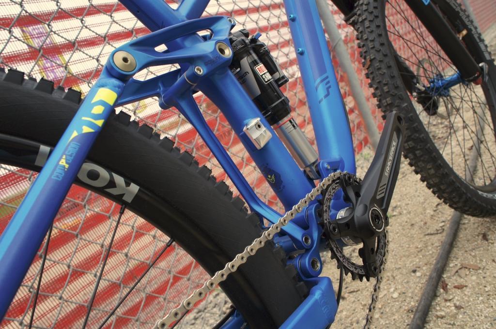 Felt-Compulsion-rear-suspension
