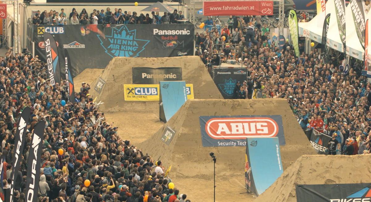 How To Built EU's Biggest Dirt Jump Contest Line 10