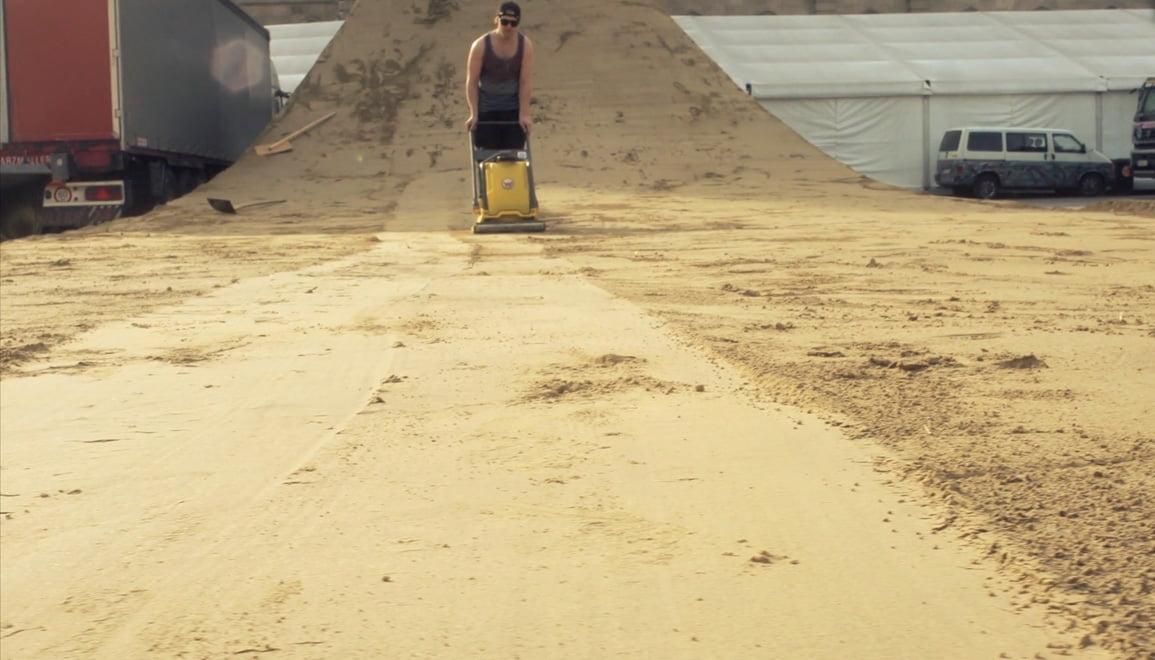 How To Built EU's Biggest Dirt Jump Contest Line 6