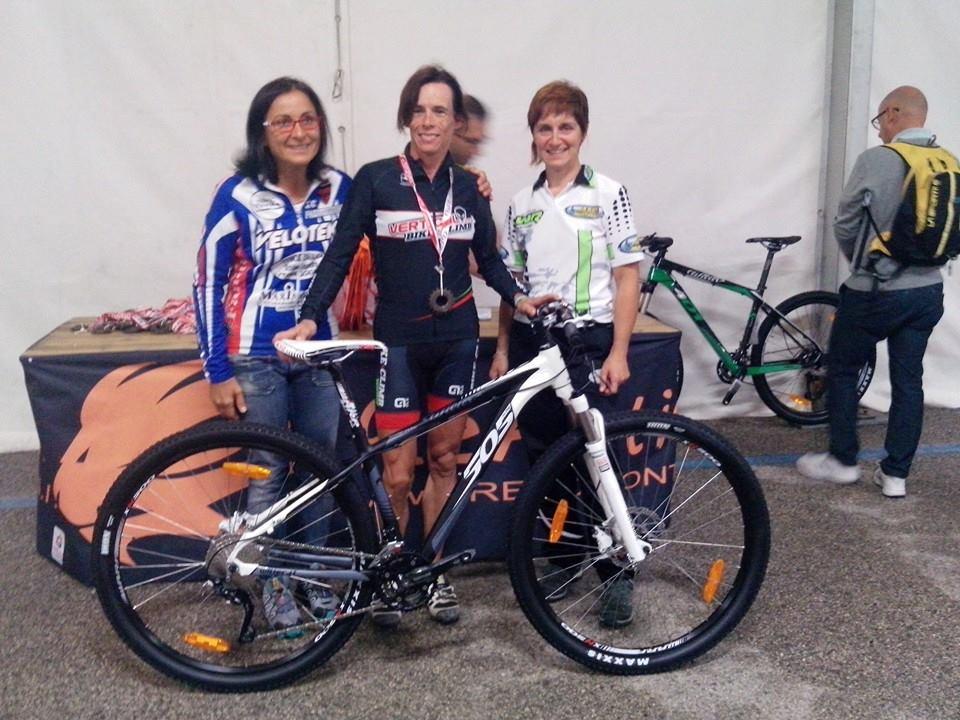 Elisabetta Dani terza alla 6 Ore Bibione Bike Trophy