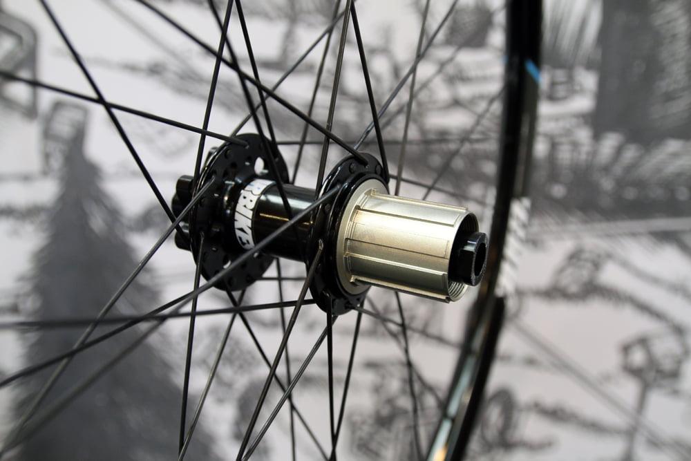 DMR-cranks-wheels-saddle-enduro-15