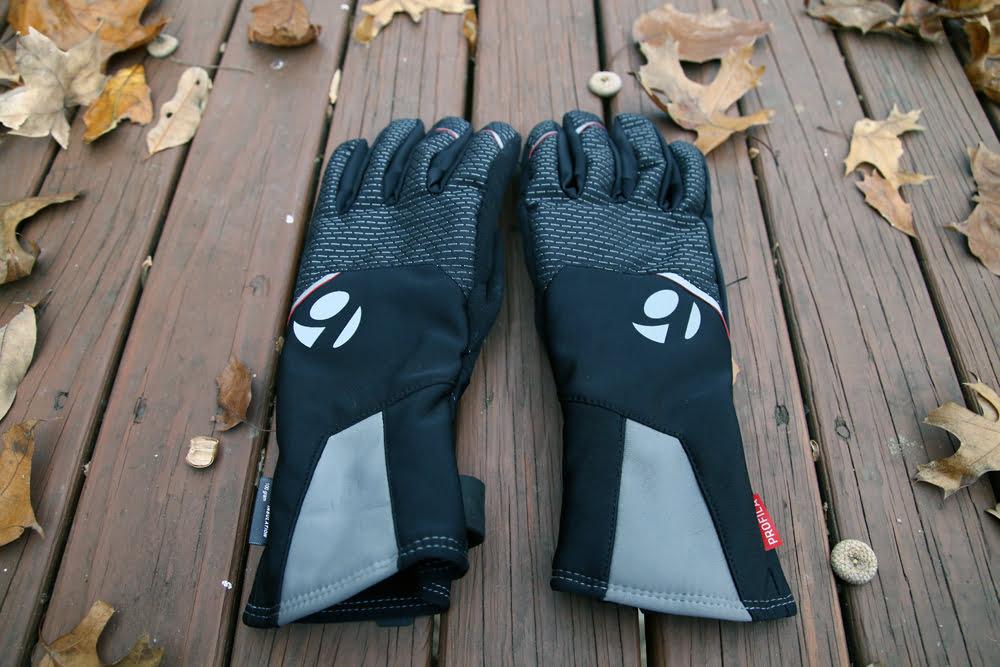 Bontrager-baselayers-hooded-windshell-b1-b2-b3-winter-gloves-8
