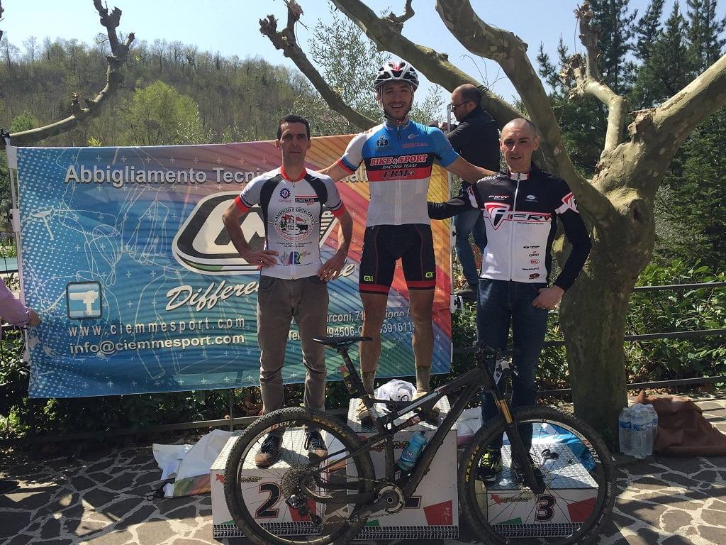 Contursi Terme podio granfondo maschile