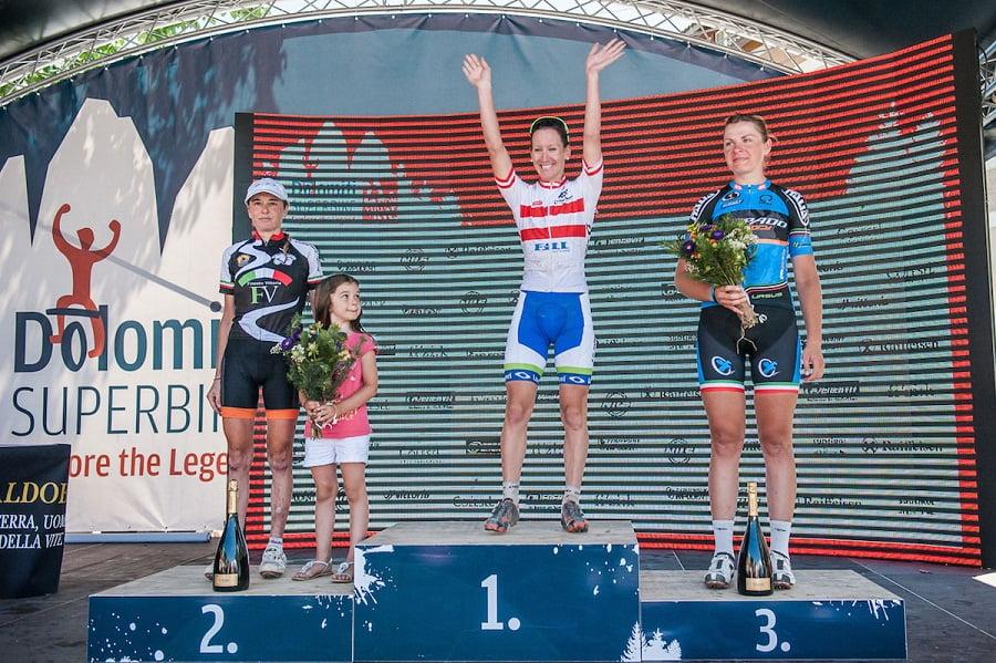 DSB15_Women113km_Podium_04