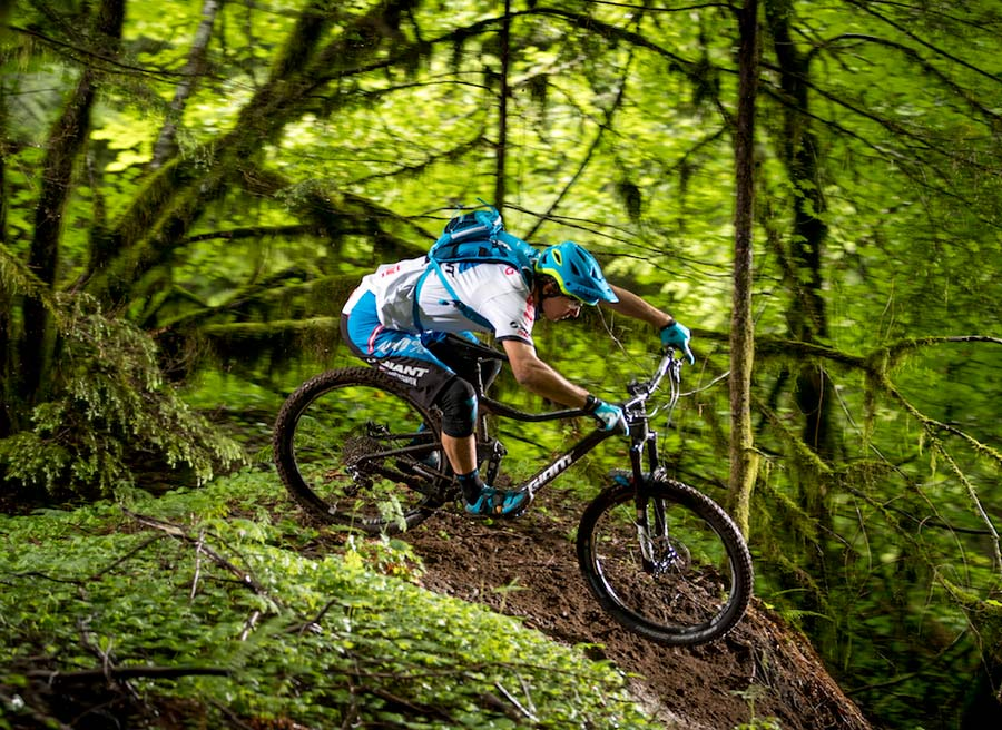2017-Giant-Trance-mountain-bike-action