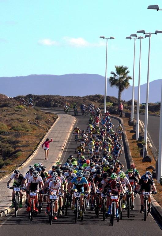 4-stage-MTB-race-1st-day-START_photo-Bob-Foy