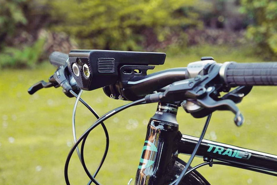 Vudu7_V_all-in-one-cycling-computer_side