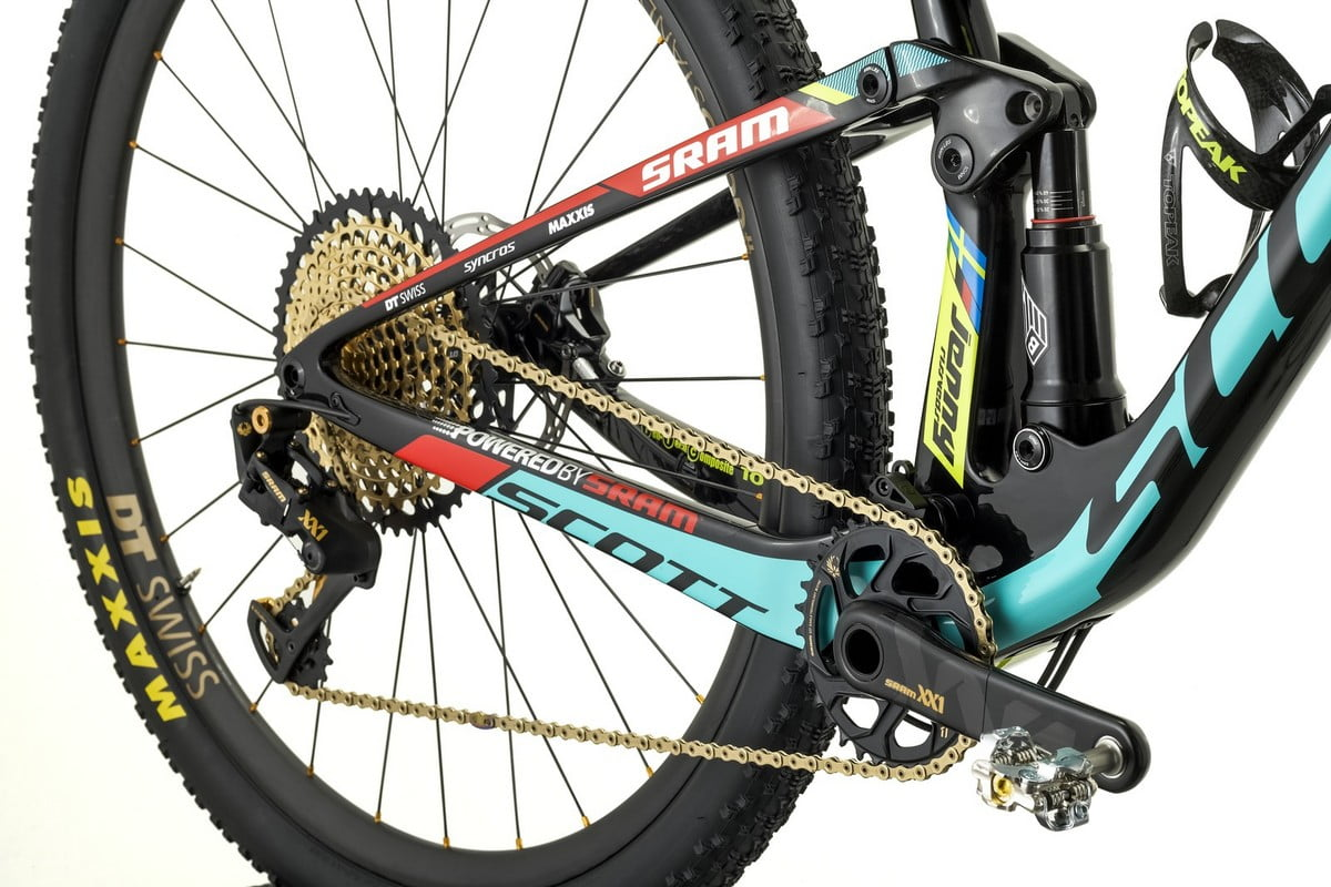Spark-RC-900-Worldcup_Jenny-Rissveds_Detail-Image_2017_BIKE_SCOTT-Sports_02