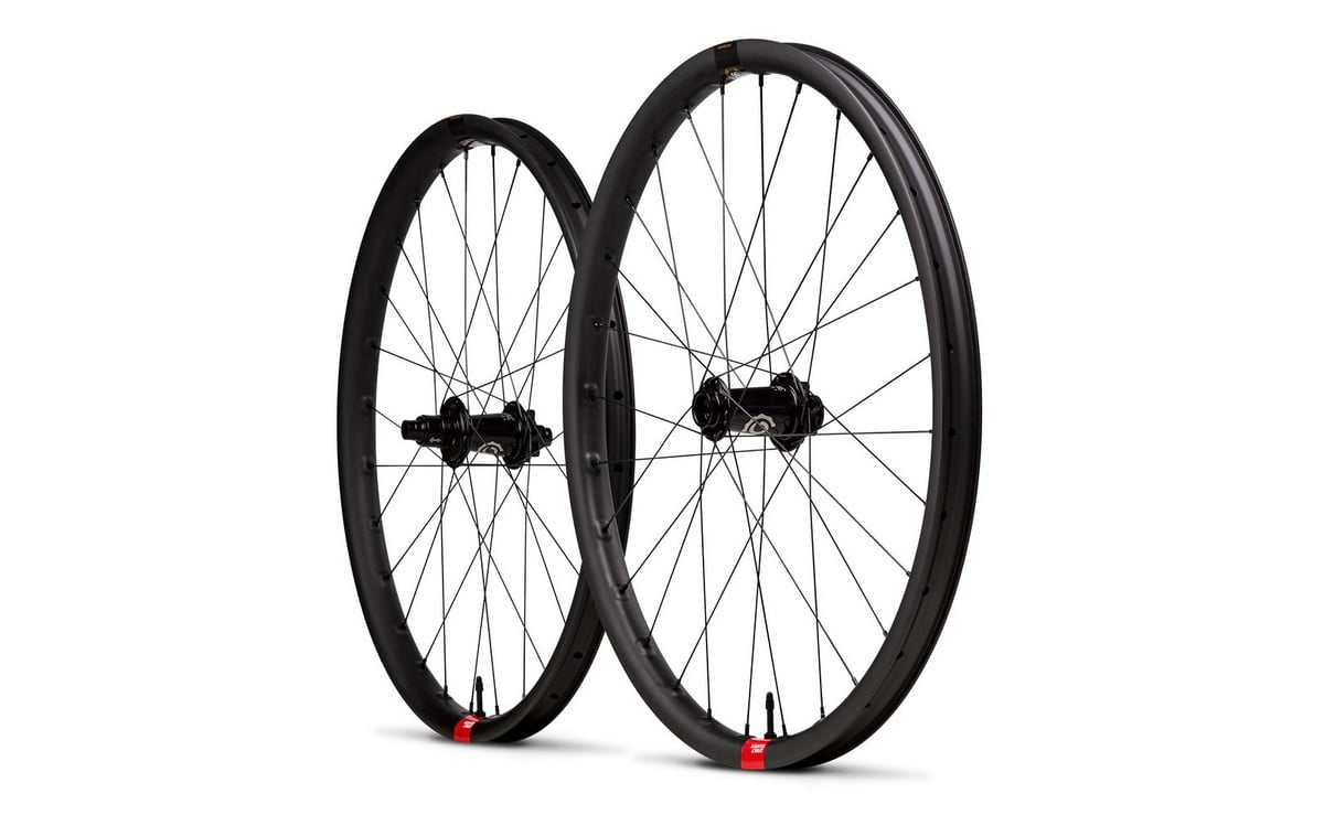 s1600_Santa_Cruz_Reserve_Carbon_Wheels