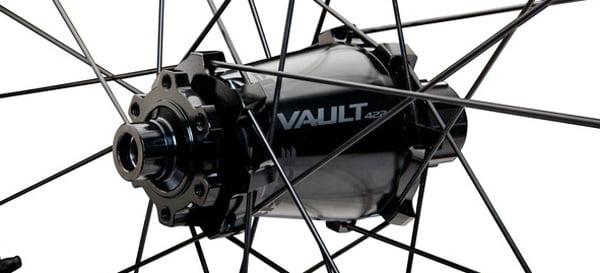 Race-Face-Atlas-wheels-carbon-bar-2018-11-copy