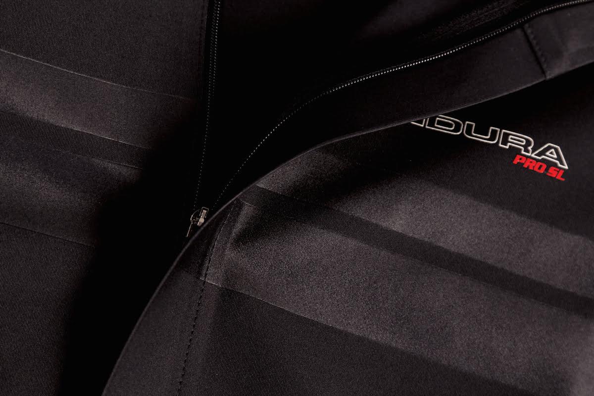 Pro-SL-Classics-Jersey-II-Black-Detail-01