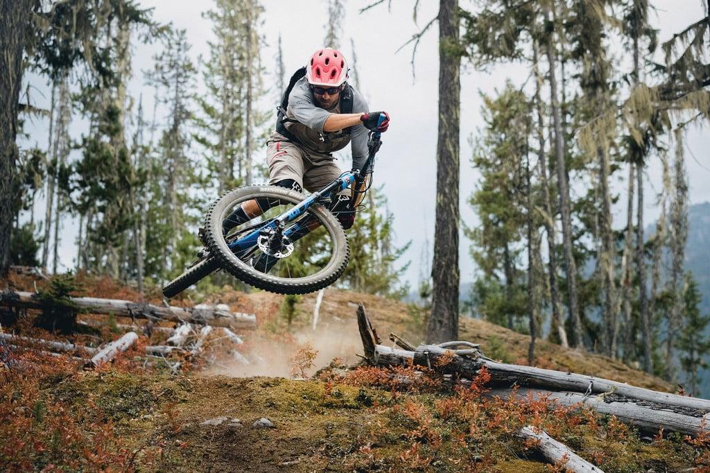 Rider: Wade SimmonsPhoto: Robin O'NeillLocation: Whistler, BC