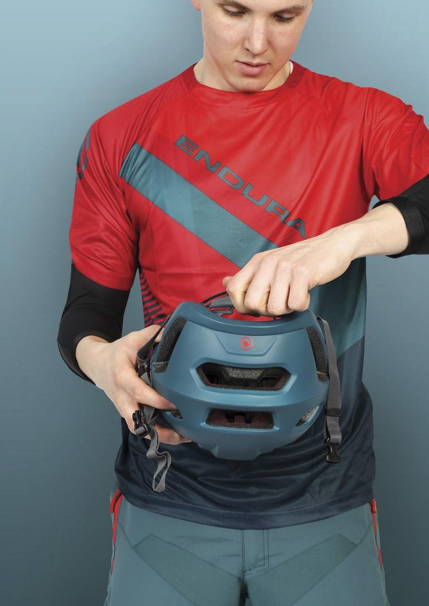 Singletrack helmet